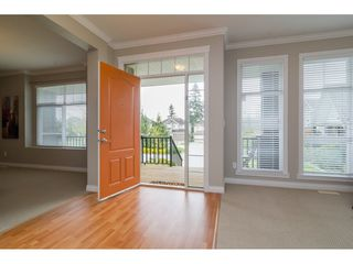 Photo 2: 16435 59A Avenue in Surrey: Cloverdale BC House for sale (Cloverdale)  : MLS®# R2158481