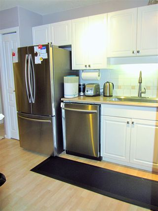 Photo 12: 311 215 TWELFTH Street in New Westminster: Uptown NW Condo for sale : MLS®# R2181916