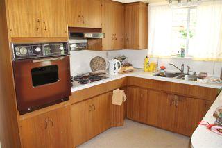 Photo 2: 1051 REGAN Avenue in Coquitlam: Central Coquitlam House for sale : MLS®# R2182632
