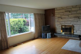 Photo 7: 1051 REGAN Avenue in Coquitlam: Central Coquitlam House for sale : MLS®# R2182632