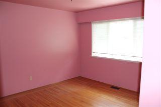 Photo 4: 1051 REGAN Avenue in Coquitlam: Central Coquitlam House for sale : MLS®# R2182632