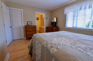 """Photo 12: 13 2733 PARKWAY Drive in Surrey: King George Corridor Townhouse for sale in """"Parkway Gardens"""" (South Surrey White Rock)  : MLS®# R2183729"""
