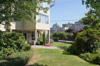 "Photo 2: 204 5626 LARCH Street in Vancouver: Kerrisdale Condo for sale in ""WILSON HOUSE"" (Vancouver West)  : MLS®# R2186356"