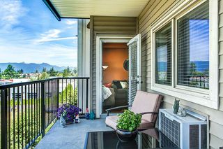 "Photo 13: 302 11935 BURNETT Street in Maple Ridge: East Central Condo for sale in ""KENSINGTON PLACE"" : MLS®# R2186960"