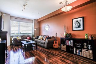 "Photo 2: 302 11935 BURNETT Street in Maple Ridge: East Central Condo for sale in ""KENSINGTON PLACE"" : MLS®# R2186960"