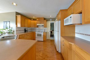 Photo 12: 2344 KENSINGTON CRESCENT: House for sale : MLS®# V1136861