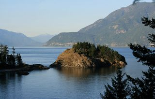 Main Photo: Finisterre Island in Bowen Island: House for sale : MLS®# R2190730