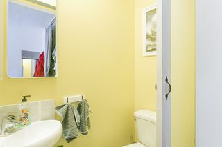 "Photo 11: 985 HOWIE Avenue in Coquitlam: Central Coquitlam Townhouse for sale in ""OAKWOOD"" : MLS®# R2202056"