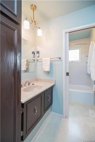 Photo 12: 39 McMullen Crescent in Winnipeg: Mission Gardens Residential for sale (3K)  : MLS®# 1723858