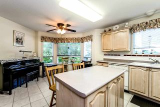 Photo 3: 204 1150 LYNN VALLEY Road in North Vancouver: Lynn Valley Condo for sale : MLS®# R2207989
