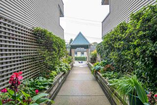 Photo 19: 305 509 CARNARVON Street in New Westminster: Downtown NW Condo for sale : MLS®# R2210081
