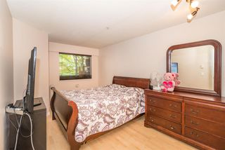 Photo 3: 305 509 CARNARVON Street in New Westminster: Downtown NW Condo for sale : MLS®# R2210081
