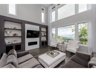 "Photo 3: 2682 AQUILA Drive in Abbotsford: Abbotsford East House for sale in ""EAGLE MOUNTAIN"" : MLS®# R2213626"