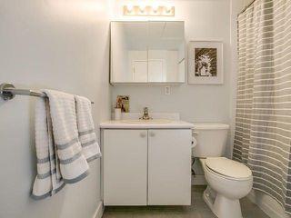Photo 16: 219 68 Broadview Avenue in Toronto: South Riverdale Condo for sale (Toronto E01)  : MLS®# E3958676