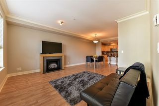 "Photo 8: 312 5430 201 Street in Langley: Langley City Condo for sale in ""Sonnet"" : MLS®# R2221604"