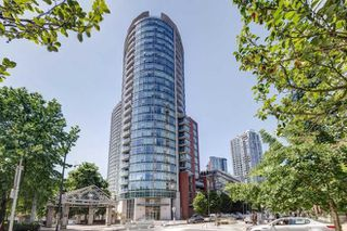 Photo 1: 2703 58 KEEFER PLACE in Vancouver: Downtown VW Condo for sale (Vancouver West)  : MLS®# R2223742