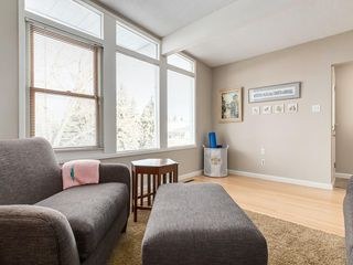 Photo 7: 2611 CANMORE RD NW in Calgary: Banff Trail House for sale : MLS®# C4146643