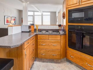 Photo 14: 2611 CANMORE RD NW in Calgary: Banff Trail House for sale : MLS®# C4146643