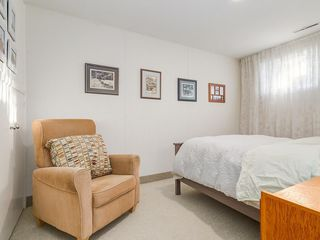 Photo 25: 2611 CANMORE RD NW in Calgary: Banff Trail House for sale : MLS®# C4146643