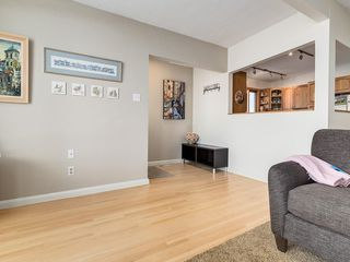 Photo 8: 2611 CANMORE RD NW in Calgary: Banff Trail House for sale : MLS®# C4146643