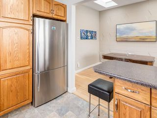 Photo 13: 2611 CANMORE RD NW in Calgary: Banff Trail House for sale : MLS®# C4146643