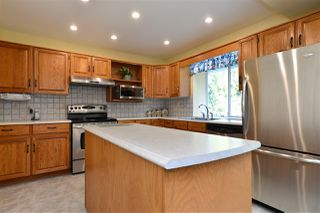 "Photo 10: 6112 KILLARNEY Drive in Surrey: Sullivan Station House for sale in ""Sullivan Station"" : MLS®# R2228577"