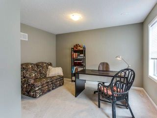 Photo 3: 33 Ganton Heights in Brampton: Northwest Brampton House (3-Storey) for sale : MLS®# W4048644