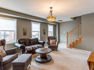 Photo 5: 33 Ganton Heights in Brampton: Northwest Brampton House (3-Storey) for sale : MLS®# W4048644