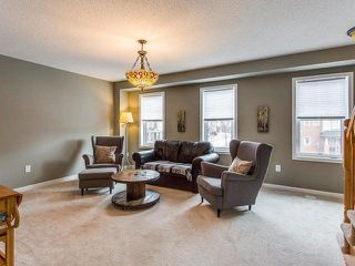 Photo 4: 33 Ganton Heights in Brampton: Northwest Brampton House (3-Storey) for sale : MLS®# W4048644