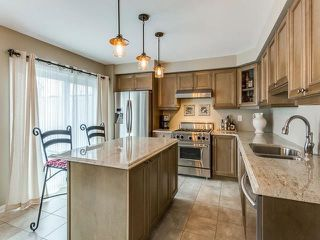 Photo 9: 33 Ganton Heights in Brampton: Northwest Brampton House (3-Storey) for sale : MLS®# W4048644