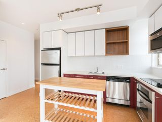 "Photo 11: 303 2828 MAIN Street in Vancouver: Mount Pleasant VE Condo for sale in ""Domain"" (Vancouver East)  : MLS®# R2246083"