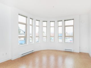 "Photo 2: 303 2828 MAIN Street in Vancouver: Mount Pleasant VE Condo for sale in ""Domain"" (Vancouver East)  : MLS®# R2246083"