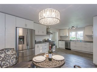 Photo 3: 46270 VELMA Avenue in Sardis: Sardis East Vedder Rd House for sale : MLS®# R2253356