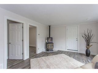Photo 10: 46270 VELMA Avenue in Sardis: Sardis East Vedder Rd House for sale : MLS®# R2253356