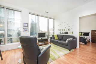 """Photo 3: 703 989 NELSON Street in Vancouver: Downtown VW Condo for sale in """"ELECTRA"""" (Vancouver West)  : MLS®# R2260533"""