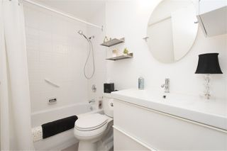 """Photo 12: 703 989 NELSON Street in Vancouver: Downtown VW Condo for sale in """"ELECTRA"""" (Vancouver West)  : MLS®# R2260533"""