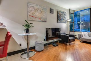 "Photo 3: 212 1010 HOWE Street in Vancouver: Downtown VW Condo for sale in ""FORTUNE HOUSE"" (Vancouver West)  : MLS®# R2265966"