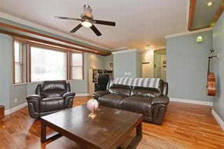 Photo 3: 21411 121 Avenue in Maple Ridge: West Central House for sale : MLS®# R2270894