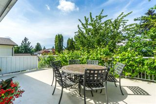 """Photo 19: 9212 209A Crescent in Langley: Walnut Grove House for sale in """"Walnut Grove"""" : MLS®# R2271718"""
