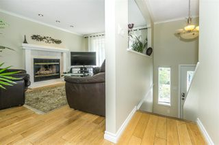 """Photo 8: 9212 209A Crescent in Langley: Walnut Grove House for sale in """"Walnut Grove"""" : MLS®# R2271718"""
