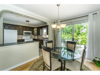"""Photo 7: 9212 209A Crescent in Langley: Walnut Grove House for sale in """"Walnut Grove"""" : MLS®# R2271718"""
