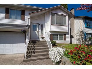 """Photo 2: 9212 209A Crescent in Langley: Walnut Grove House for sale in """"Walnut Grove"""" : MLS®# R2271718"""