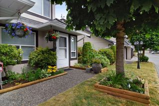 """Photo 2: 130 3160 TOWNLINE Road in Abbotsford: Abbotsford West Townhouse for sale in """"SOUTHPOINT"""" : MLS®# R2271801"""