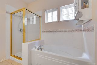 "Photo 14: 12 16920 80 Avenue in Surrey: Fleetwood Tynehead Townhouse for sale in ""STONE RIDGE"" : MLS®# R2286010"