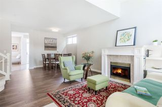 """Photo 2: 2920 PANORAMA Drive in Coquitlam: Westwood Plateau Townhouse for sale in """"SILVER OAK"""" : MLS®# R2291090"""