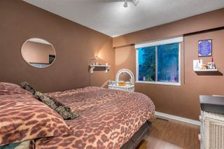 "Photo 11: 1565 CORNELL Avenue in Coquitlam: Central Coquitlam House for sale in ""Coquitlam West"" : MLS®# R2317155"