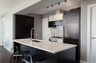 Photo 2: 2805 535 SMITHE Street in Vancouver: Downtown VW Condo for sale (Vancouver West)  : MLS®# R2322719