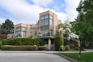 "Main Photo: 212 22277 122 Avenue in Maple Ridge: West Central Condo for sale in ""THE GARDENS"" : MLS®# R2333871"