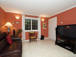 Photo 9: 7984 Lochside Drive in SAANICHTON: CS Turgoose Single Family Detached for sale (Central Saanich)  : MLS®# 404958