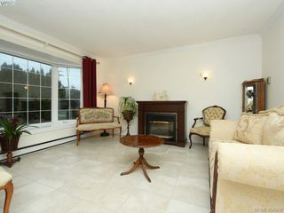 Photo 3: 7984 Lochside Drive in SAANICHTON: CS Turgoose Single Family Detached for sale (Central Saanich)  : MLS®# 404958